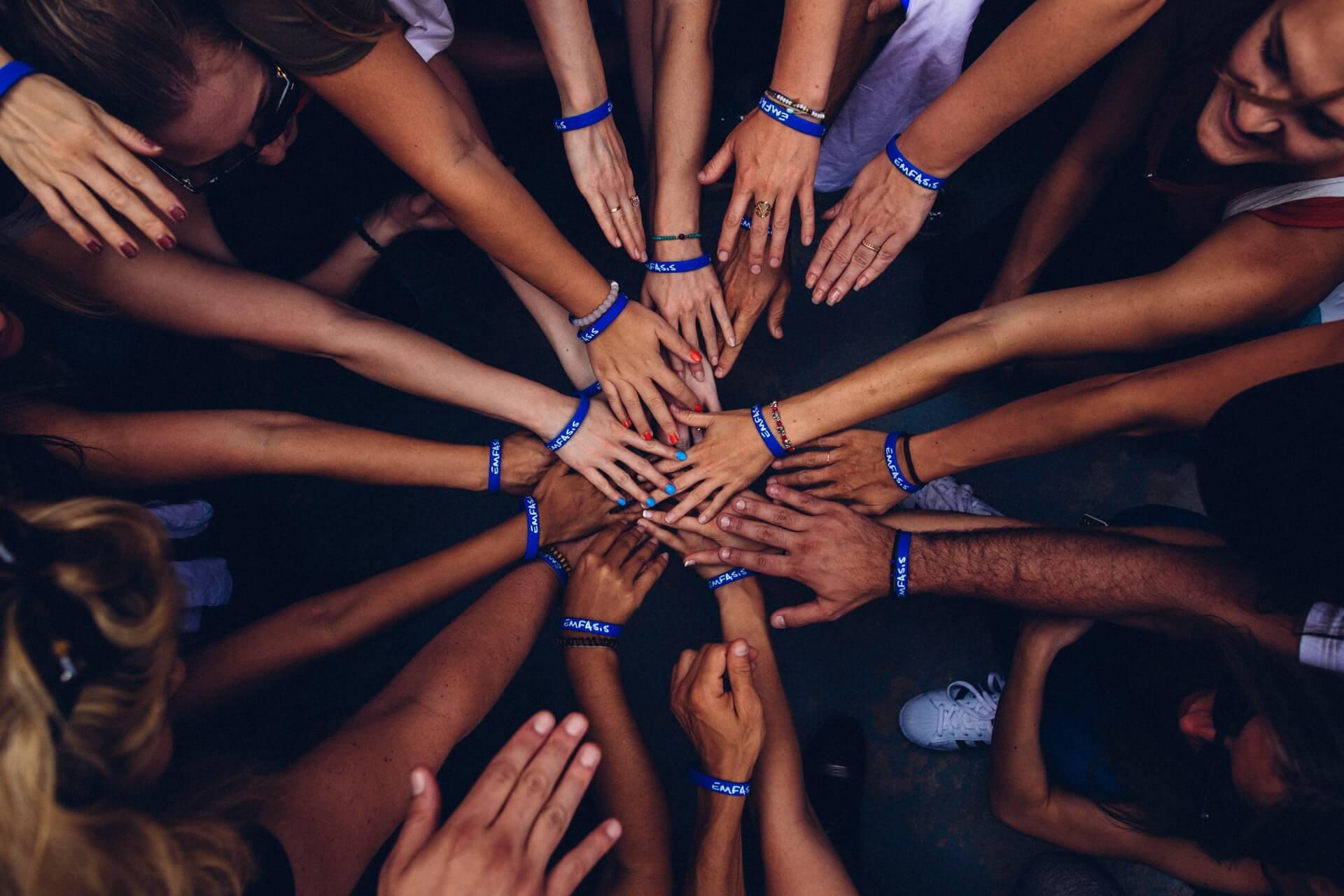 power=mastermind-principle-hands-together-teamwork
