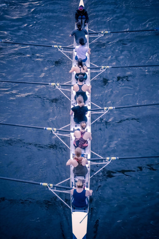 building-mastermind-groups-success-rowing-crew-women-overhead